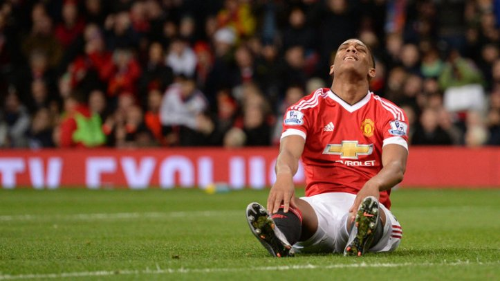 anthony-martial-manchester-united-reaction_3385003